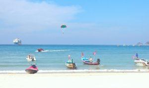 Patong Beachilla yllättävän rauhaisaa